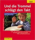 In diesem Buch von Doris Arnitz erhalten Sie vielfältige Ideen zum gemeinsamen Musizieren mit einfachen Instrumenten. Sie erfahren wie Musik und Bewegung die kindliche Entwicklung fördert. Zahlreiche Fingerspiele, Wiegenlieder, Tanzspiele und Bastelvorschläge für Kinder von 0 bis 4 Jahren regen zum gemeinsamen Tun an. Das Buch ist vergriffen, kann jedoch noch für 5,-€ bei Doris Arnitz gekauft werden. Telefon: 07243/79121